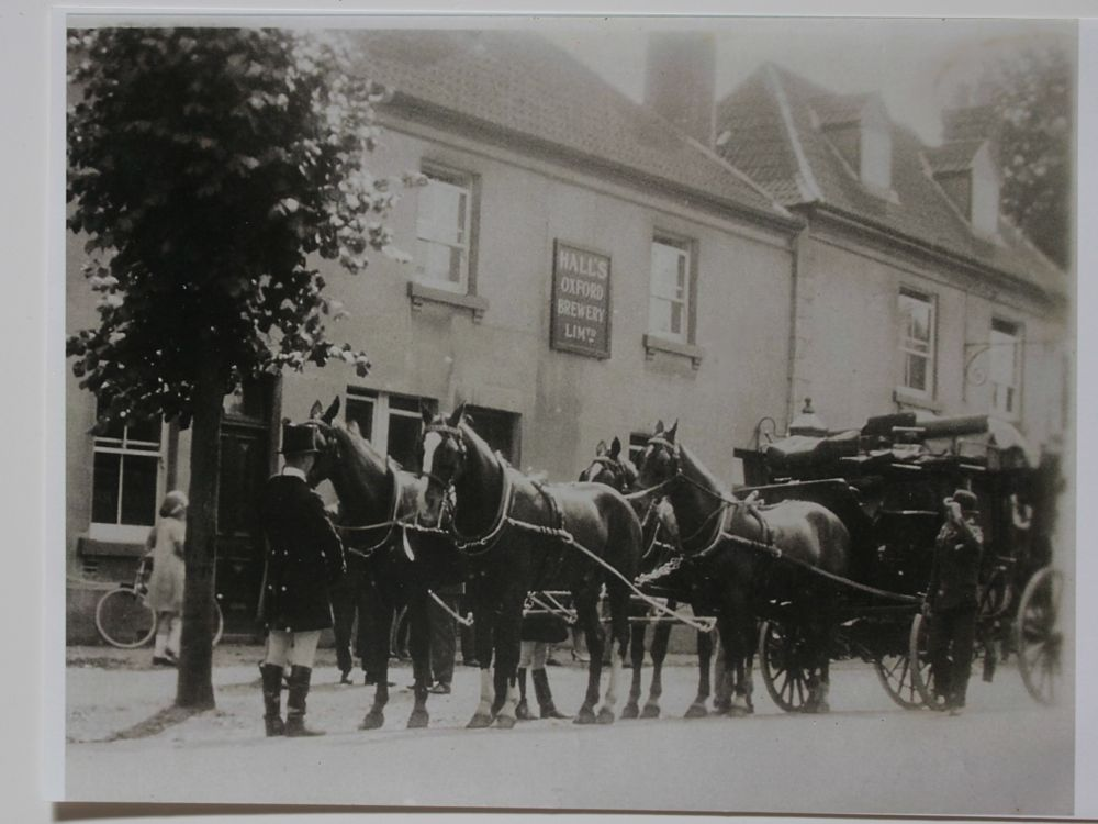 Photo coach and horses outside Barrington Arms