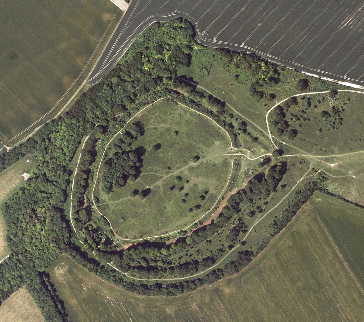 Danebury Hill Fort courtesy of Wikipedia