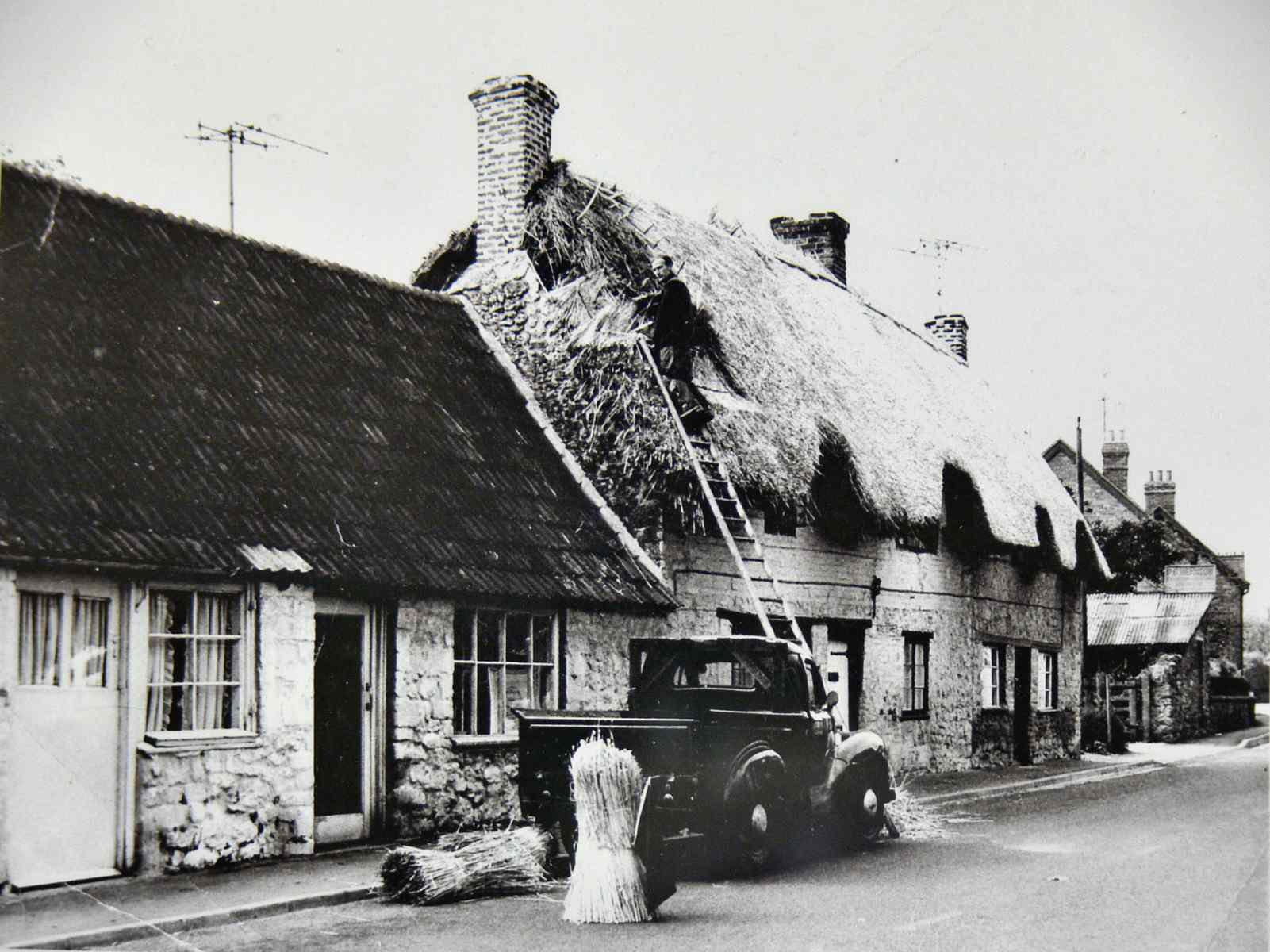 Peter Anger Thatching in 1961