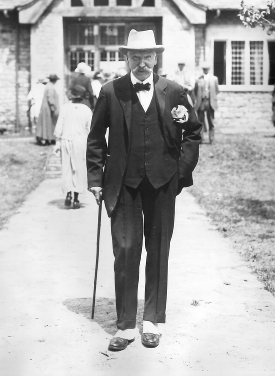 Lord Barrington outside the Memorial Hall in 1925. Photo courtesy of Paul Williams